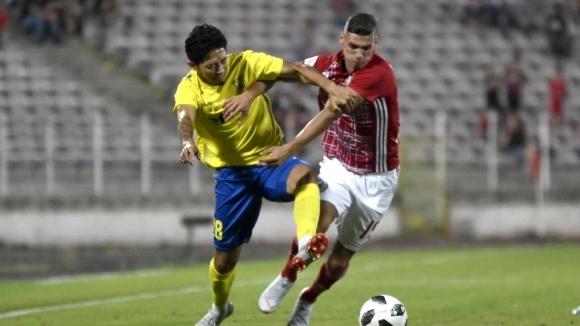 Кризата в последния в класирането на Първа лига Верея приключва.