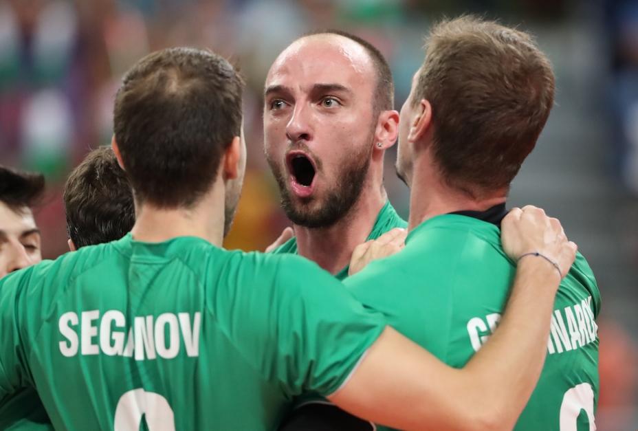 Волейболистите на България излизат тази вечер от 20:40 часа в