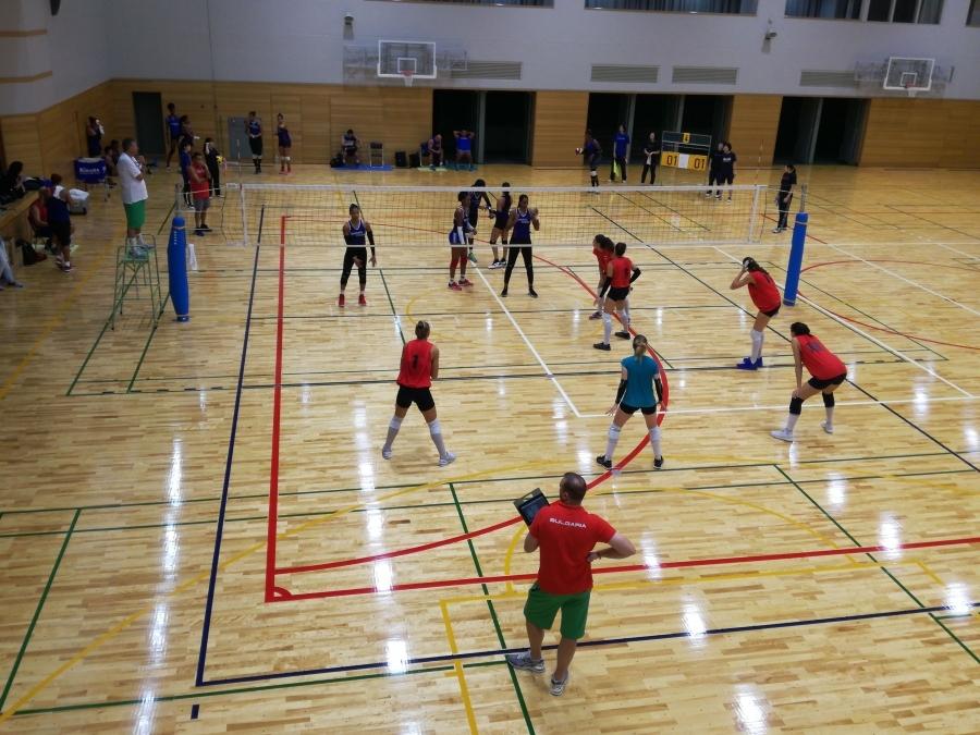 Националките ни волейбол спечелиха първата от двете контроли срещу тима