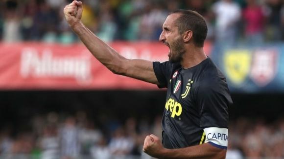 Капитанът на Италия и Ювентус Джорджо Киелини стана поредният играч,