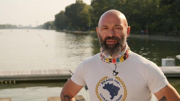 По време на опита за 55-часово бягане, Краси Георгиев ще