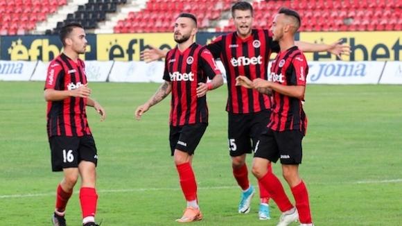 Локомотив (София) се класира за 1/8-финалите в турнира за Купата