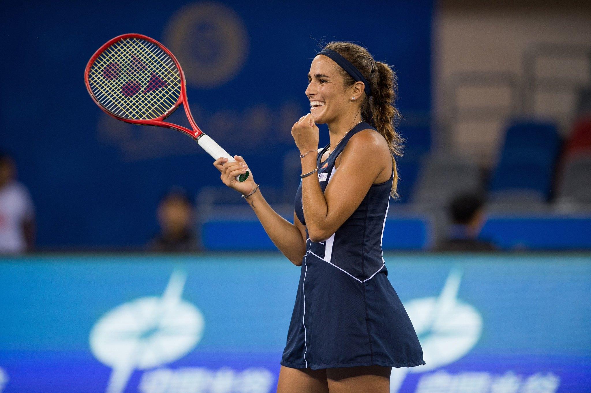 Бившата №1 в света Каролин Вожняцки отпадна от силния турнир