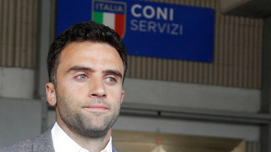 Бившият италиански национал Джузепе Роси се измъкна от наказание, въпреки