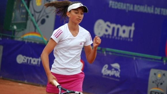 Петя Аршинкова (на снимката) и Гергана Топалова преодоляха квалификациите на