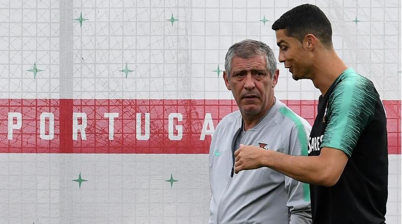 Селекционерът на Португалия Фернандо Сантош призна, че без Кристиано Роналдо