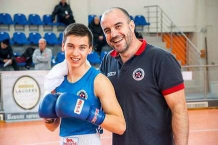 България класира още един свой боксьор за 1/4-финалите на европейското