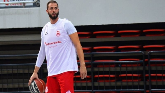 Бившият баскетболист на Лукойл Академик Никола Драгович за втори пореден