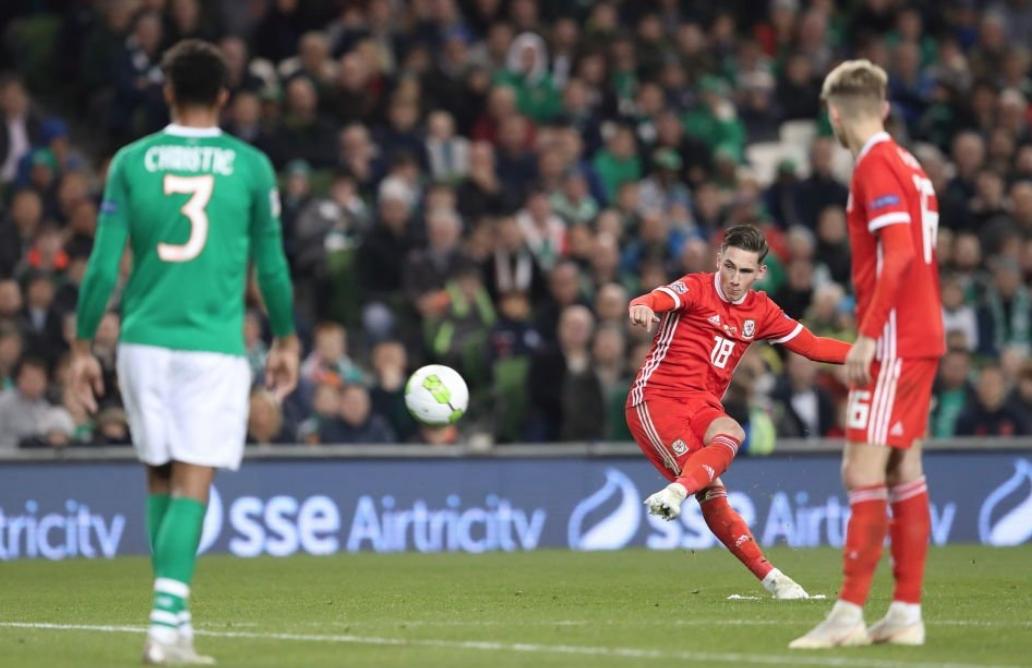 """Отборът на Уелс победи Ейре в мач от Група """"4"""""""