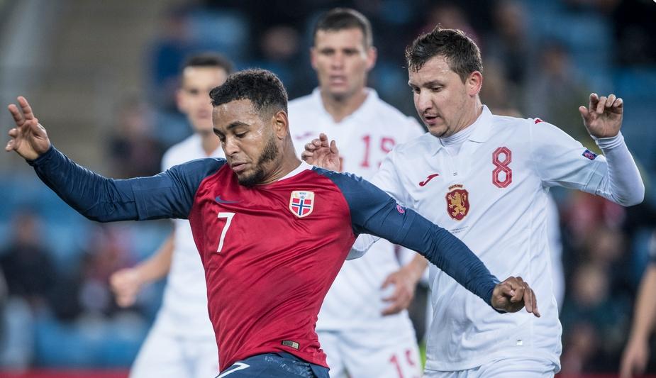 Част от националния отбор по футбол се прибра от Норвегия