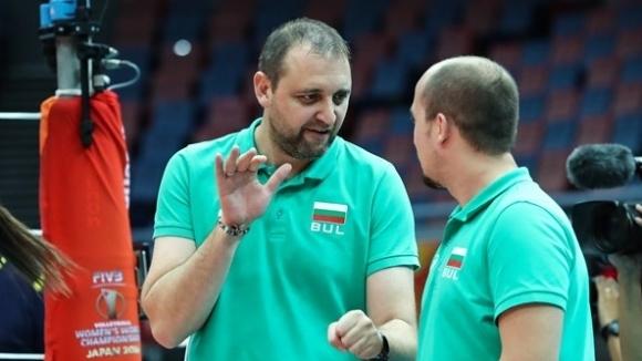 Селекционерът на националния отбор по волейбол за жени Иван Петков