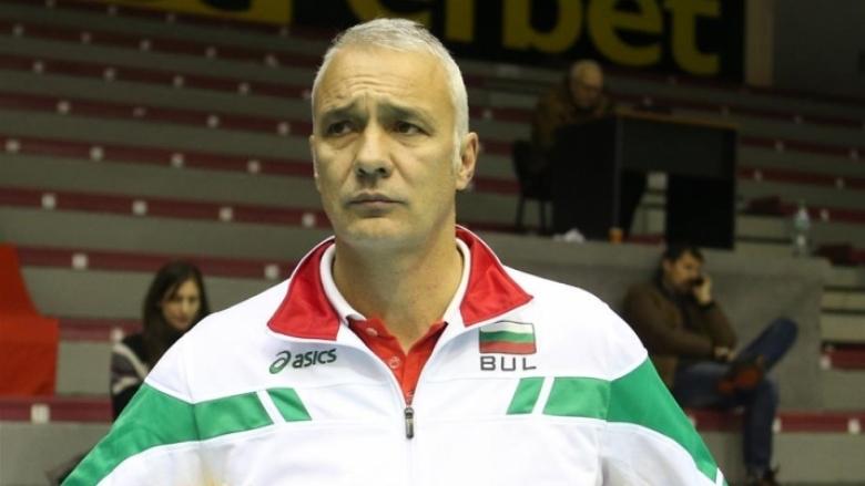 Мъжкият отбор на Дея спорт (Бургас) остана без треньор, научиBGvolleyball.com.