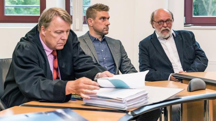 Бившият хърватски национал Иван Класнич продължава съдебната битка с двама