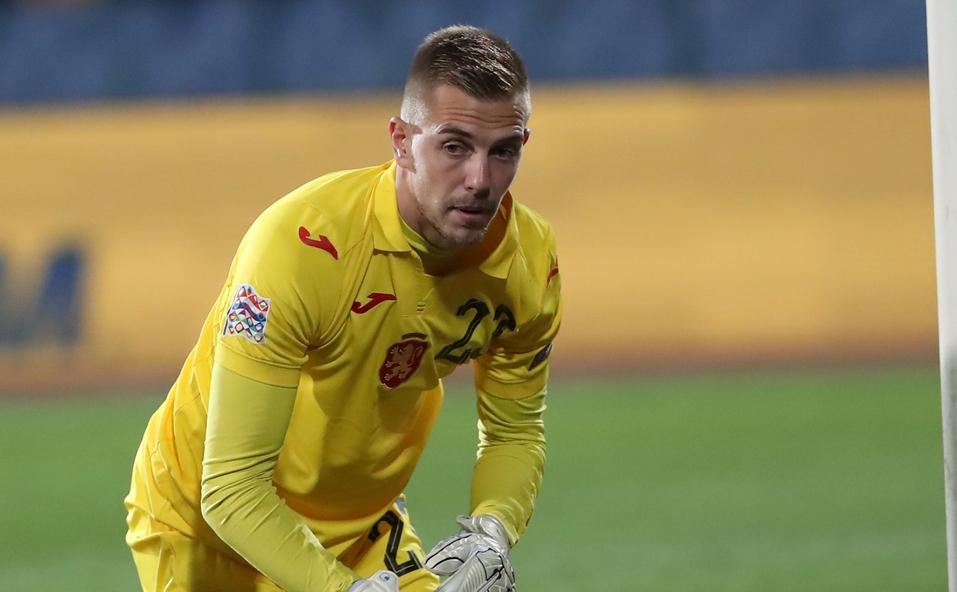 Националният вратар на България Пламен Илиев се размина с тежка