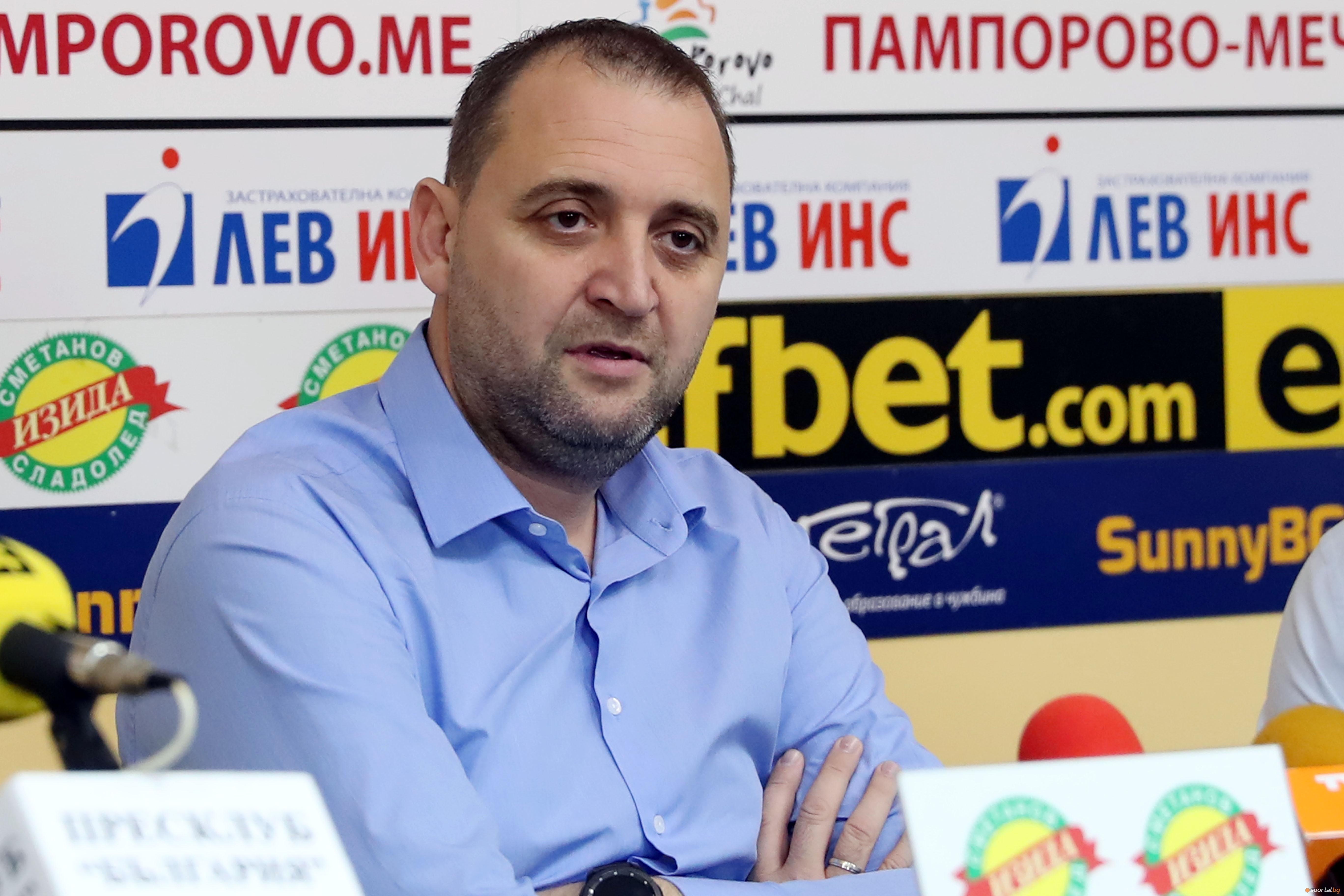 Селекционерът на женския национален отбор по волейбол на България Иван