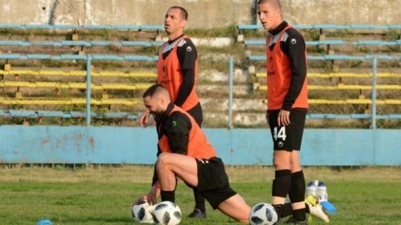 Отборът на Черно море проведе последната си тренировка преди мача