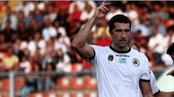 Отборът на втородивизионния Специя, в който играе българският нападател Андрей