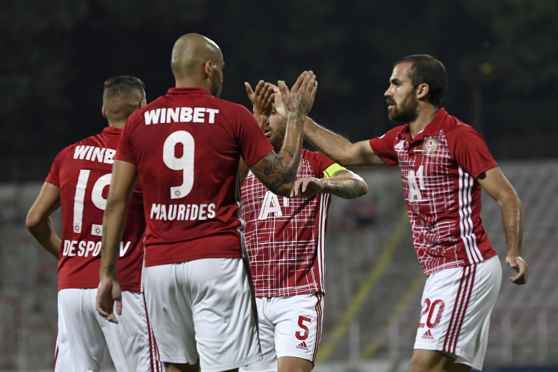 ЦСКА-София ще привлече двама нови играчи през зимата. За разлика