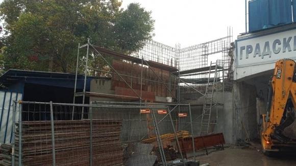 Строителните дейности по бъдещия ВИП сектор продължават на стадиона на