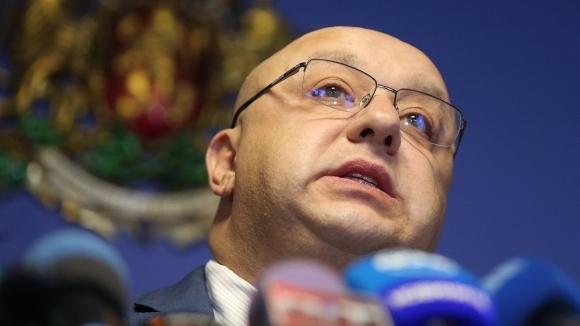 Министърът на младежта и спорта Красен Кралев инспектира ремонтните дейности