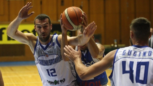Рилски спортист (Самоков) спечели драматично домакинството си на Берое (Стара