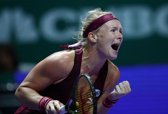 Холандката Кики Бертенс стартира с победа на Шампионата на WTA