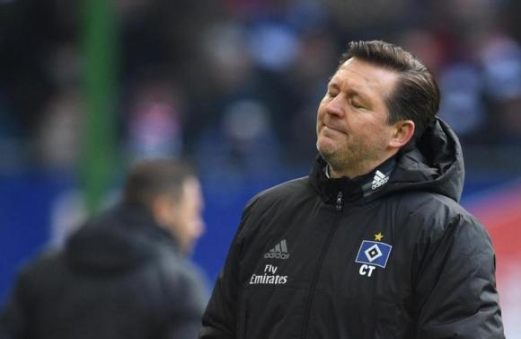 Хамбургер уволни старши треньора си Кристиан Титц след слабите резултати