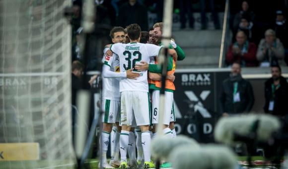 След много силно второ полувреме тимът на Борусия (Мьонхенгладбах) пребори