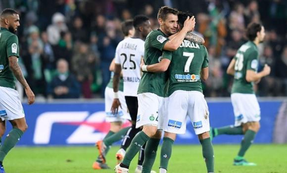 Снимка: Множество обрати и седем гола за победа на Сент Етиен