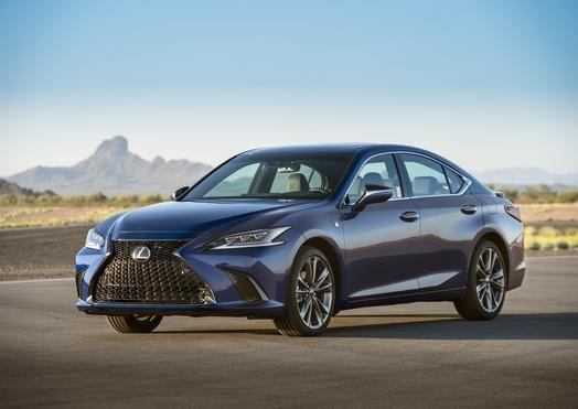 Седмото поколение на изцяло новия Lexus ES постигна максималния 5-звезден