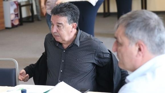 Административният директор на Локомотив (Пловдив) Атанас Узунов коментира наказанията, които