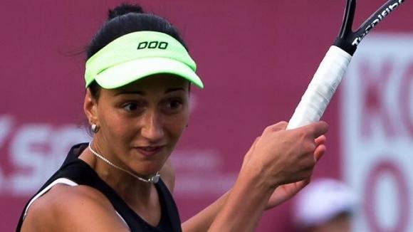 Александрина Найденова се класира за четвъртфиналите на сингъл и на