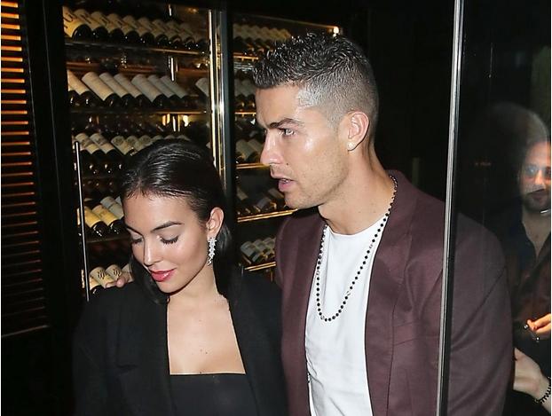 Кристиано Роналдо ще мине под венчило с приятелката си Джорджина
