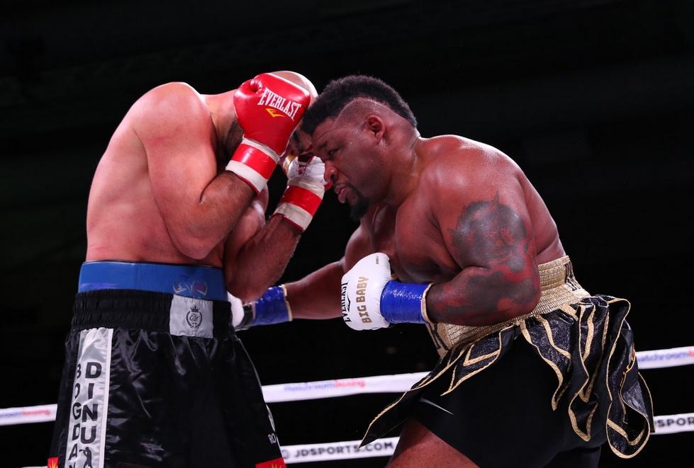 Непобеденият американски боксьор в тежка категория Джарел Милър - Голямото