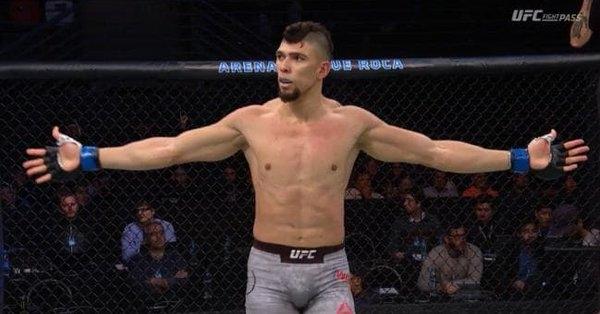 Най-новият шоумен в UFC изгря на голямата галавечер в Буенос