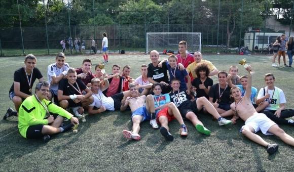 Добро начало записаха българските отбори на Световното първенство по футнет,