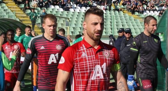 Николай Бодурoв е единственият футболист в страната, който от началото