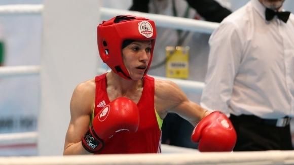 Българката Станимира Петрова отпадна на осминафиналите в категория до 57