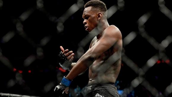 Изгряващата звезда на UFC Израил Адесаня продължава да впечатлява с