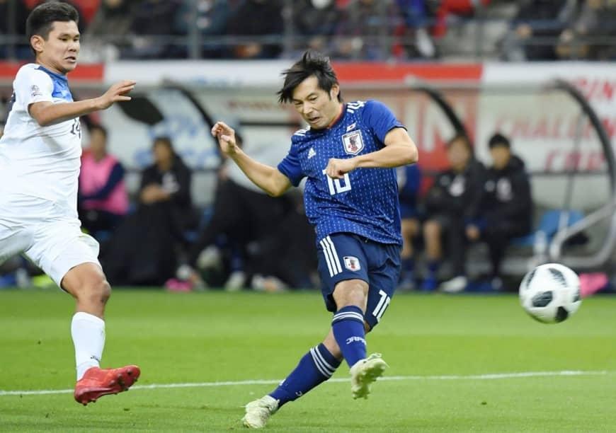 Защитникът Риосуке Яманака вкара гол в дебюта си за японския