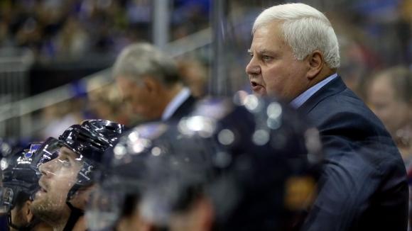 Хокейният тим Едмънтън освободи треньора Тод Маклелън и го замени