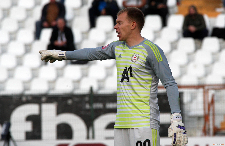 Витаутас Черниаускас ще стане поредният основен футболист на ЦСКА-София, който