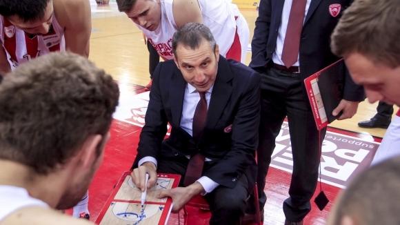 Треньорът на Александър Везенков в Олимпиакос - Дейвид Блат, призна,