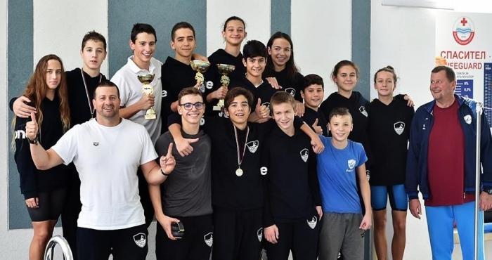 ПСК Черно море (Варна) триумфира в държавното първенство по плуване