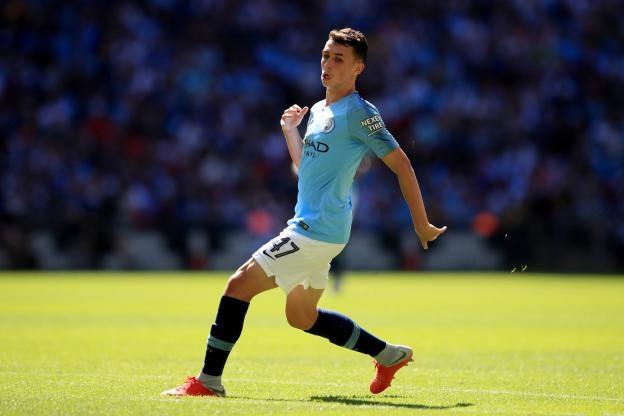 18-годишният халф на Манчестър Сити Фил Фодън подписа нов договор