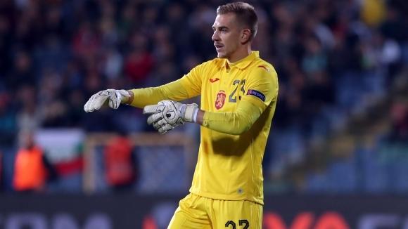 Румънският футболен гранд Динамо (Букурещ) проявява сериозен интерес към българския