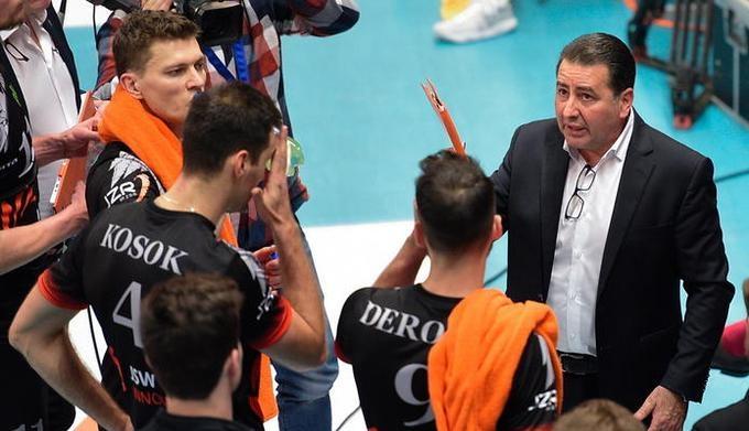 Италианският специалист Фернандо Де Джорджи ще е новият старши треньор