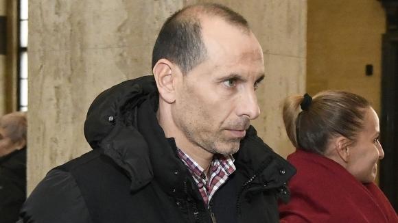Бившият национал Мартин Петров проговори след като днес делото му