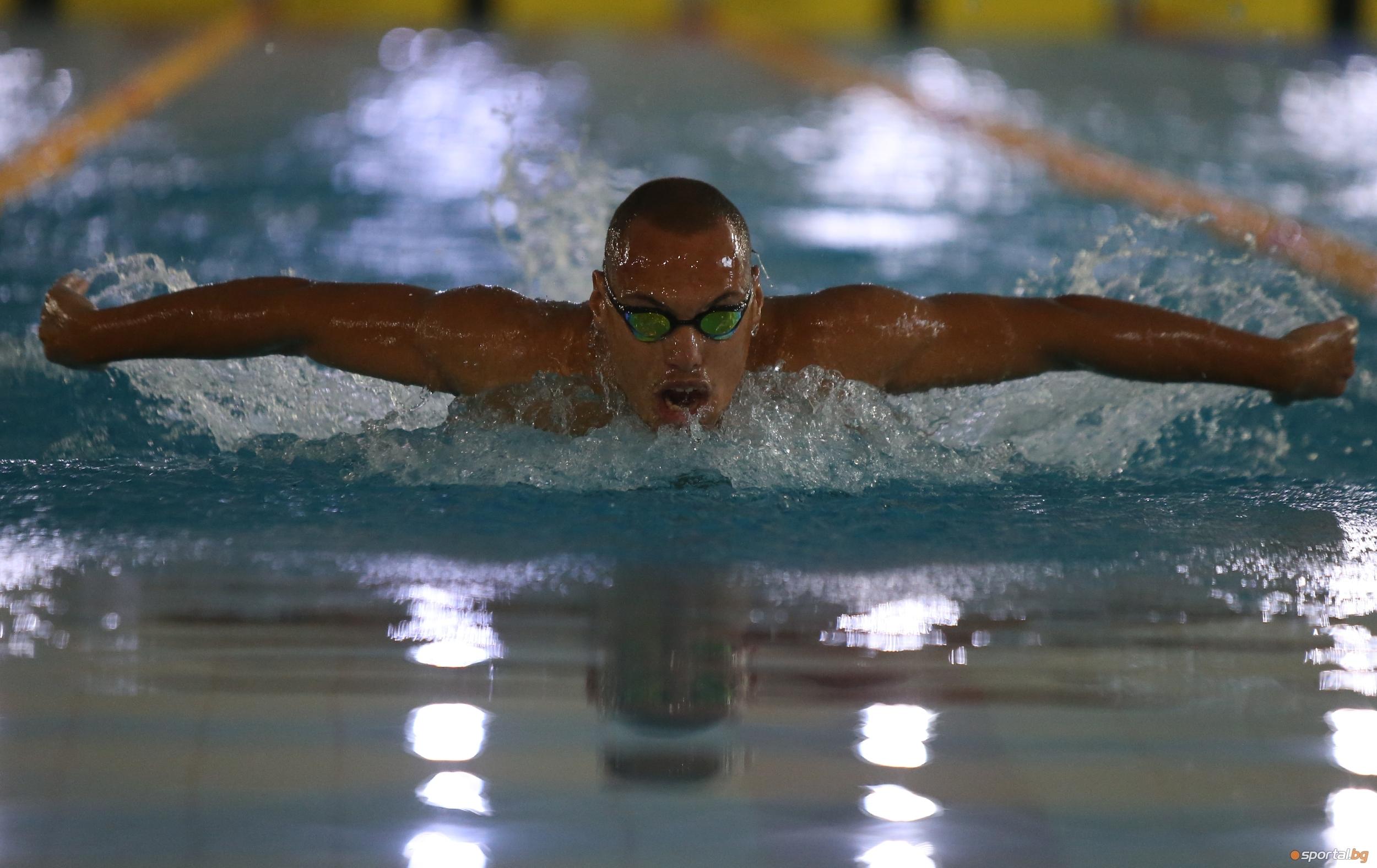 Антъни Иванов подобри още два национални рекорда по време на