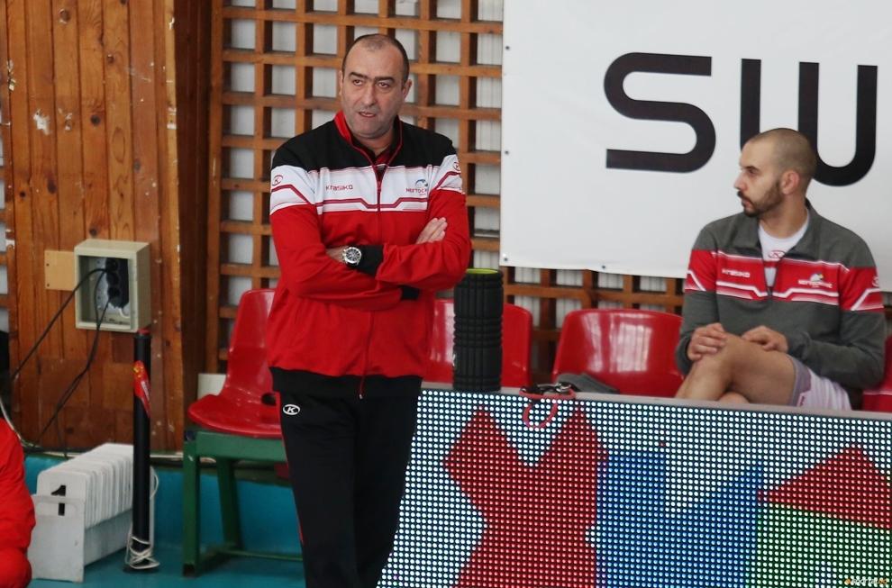 Отборът на Нефтохимик 2010 (Бургас) победи като домакин категорично Левски